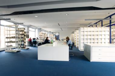 Uni Bibliothek