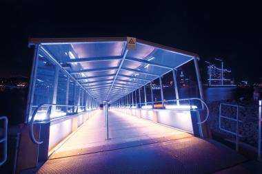 Blaue Nächte im Hamburger Hafen 2012